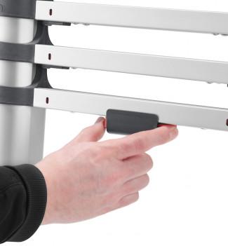 Fermeture facile à une main echelle télescopique pliable 9 échelons 2m60 en alu Hailo Flexline